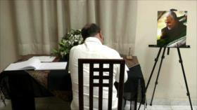 Cubanos firman libro de condolencias por muerte de general iraní