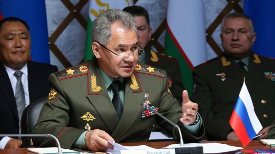 El ministro de Defensa de Rusia, Serguéi Shoigu, en una reunión con sus más altos subalternos en Moscú, capital rusa.