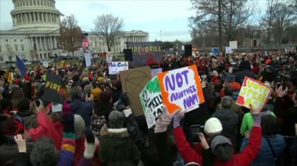 Ambientalistas protestan contra el cambio climático en EEUU