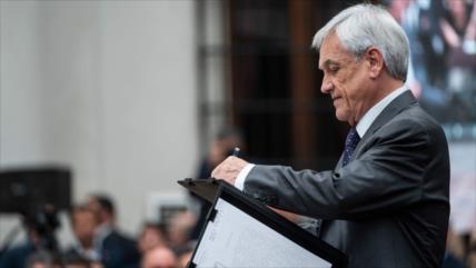 Aprobación de Sebastián Piñera cae a su mínimo histórico de 10 %
