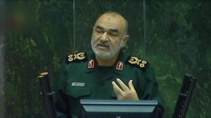 General Salami detalla ataque de misiles de Irán a bases de EEUU