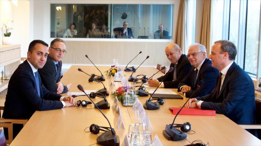 Los ministros de Exteriores del Reino Unido, Francia, Alemania, Italia y el jefe de la Política Exterior de la UE, Josep Borrell, reunidos en Bruselas.