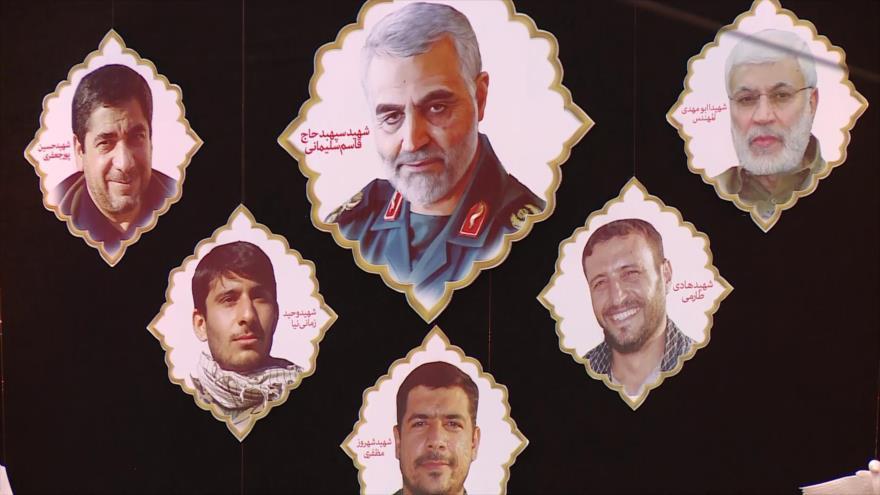 Militares iraníes rinden homenaje al general Qasem Soleimani