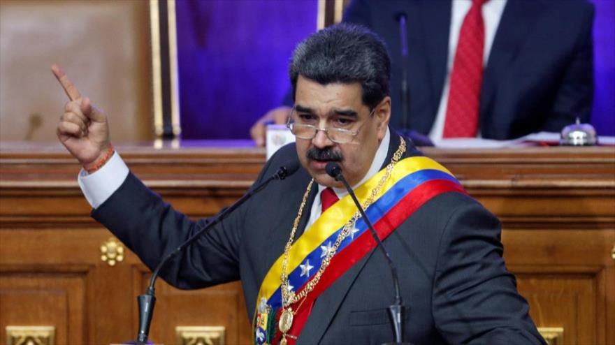 """Maduro amenaza con reventar los """"dientes"""" a Colombia y Brasil"""
