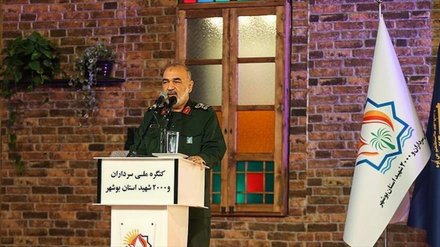 Comandante en jefe del CGRI de Irán, el general de división Hosein Salami, habla en un acto público en Busher (suroeste), 15 de enero de 2020.