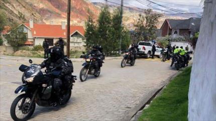 """México denuncia """"fuerte operativo"""" alrededor de su sede en Bolivia"""