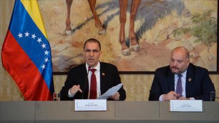 """Venezuela tacha al Gobierno de Colombia de un """"narcoestado fallido"""""""
