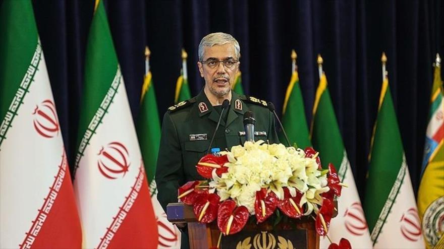 El jefe del Estado Mayor de las Fuerzas Armadas de Irán, el general de división Mohamad Hosein Baqeri, durante un acto en Teherán, la capital. (Foto: Tansim)