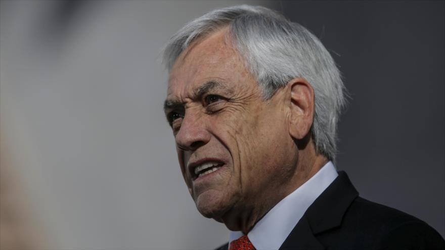 Piñera obtiene aprobación de 6 %, la peor en 30 años