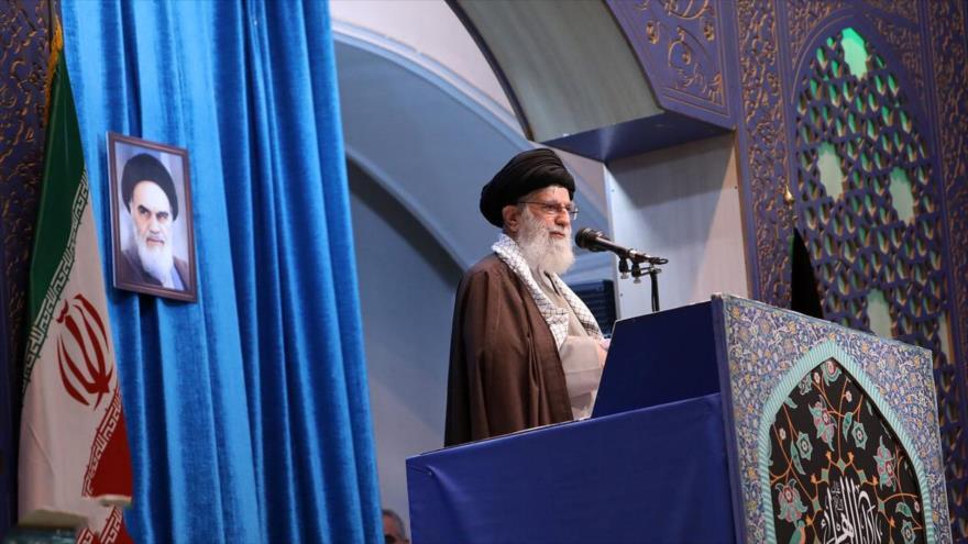 Líder iraní pide unidad a países musulmanes para enfrentar a EEUU