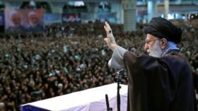 Eco mundial del importante discurso del Líder de Irán contra EEUU