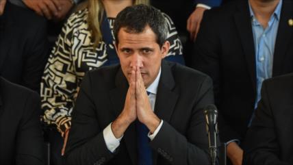 Venezuela inhabilitará a funcionarios que reciban dinero de Guaidó