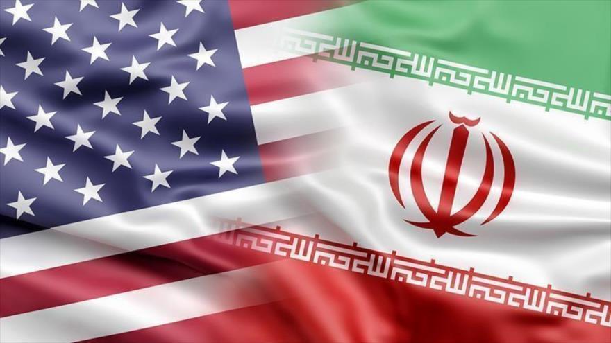 Las banderas de Irán y de Estados Unidos.