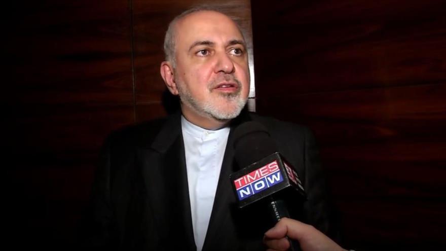 El canciller iraní, Mohamad Yavad Zarif, durante una entrevista con el diario Times Now.