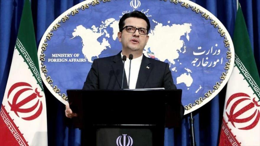 El portavoz de la Cancillería de Irán, Seyed Abás Musavi, ofrece una rueda de prensa en la sede del ente en Teherán, capital persa.