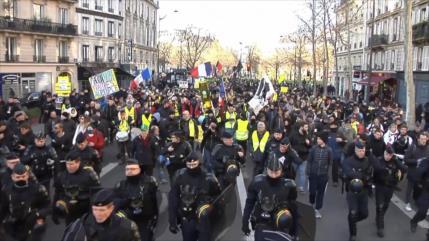 Chalecos amarillos protestan por 62 semana consecutiva en Francia