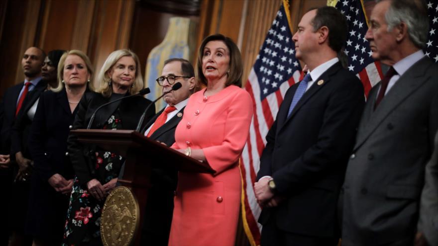 Demócratas al Senado: Trump es una amenaza para seguridad de EEUU