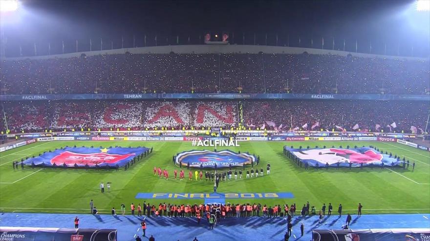 Final de la copa AFC en el estadio Azadi de Teherán entre el equipo japonés Kashima y el equipo iraní Persépolis, 10 de noviembre de 2018.
