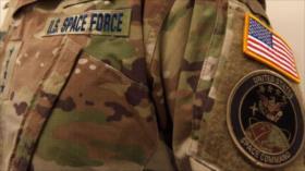 Se burlan del uniforme camuflado de Fuerza Espacial de EEUU