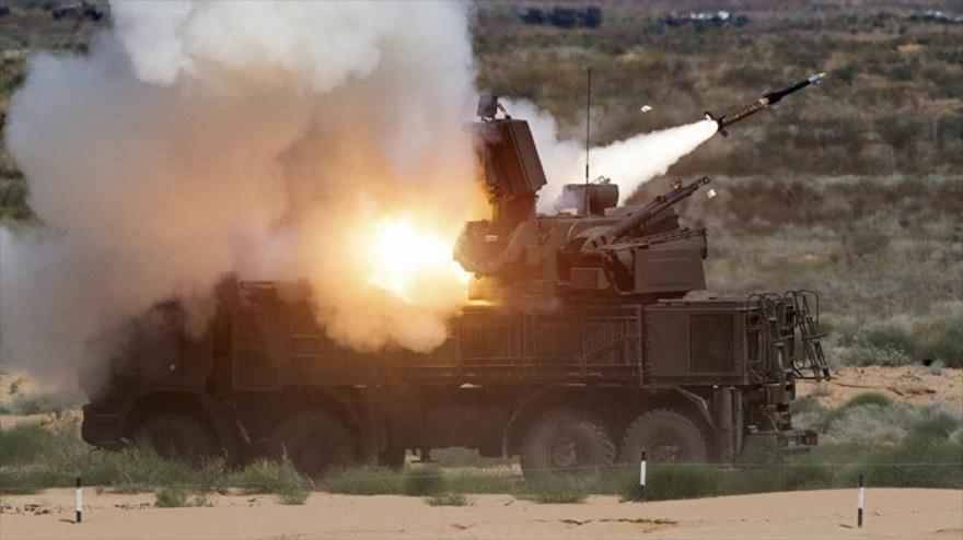 Sistema de defensa aérea en la base militar rusa de Hmeimim, en la provincia siria de Latakia (oeste).
