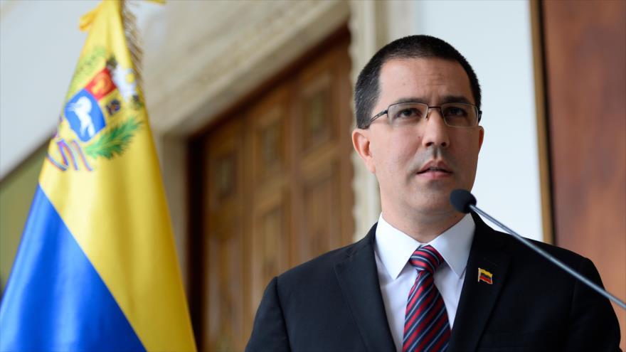 El ministro de Asuntos Exteriores de Venezuela, Jorge Arreaza, habla en Caracas, Venezuela, 30 de agosto de 2019. (Foto: APF)
