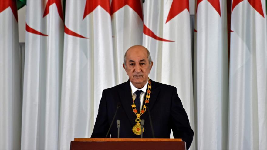 El presidente argelino, Abdelmadjid Tebboune, en la ceremonia de juramentación formal en la capital Argel, 19 de diciembre de 2019. (Foto: AFP)