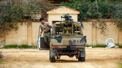 Rebeldes sirios violan tregua en Libia al atacar fuerzas de Haftar