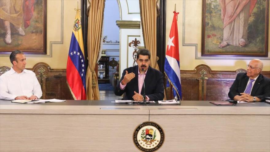 Maduro denuncia que Pompeo visita Colombia para apoyar masacres