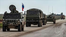 Convoy ruso escoltado por las tropas de EEUU avanza en Siria