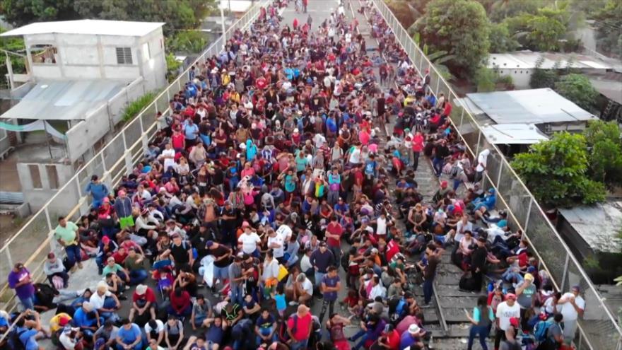 Caravana de migrantes trata de llegar a EEUU a cualquier precio | HISPANTV