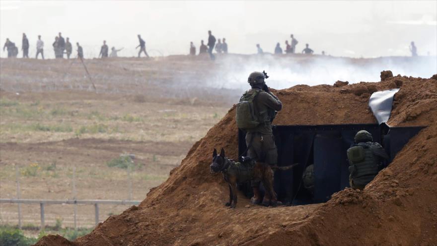 Soldados israelíes desplegados cerca de la Franja de Gaza, 30 de marzo de 2019. (Foto: AFP)