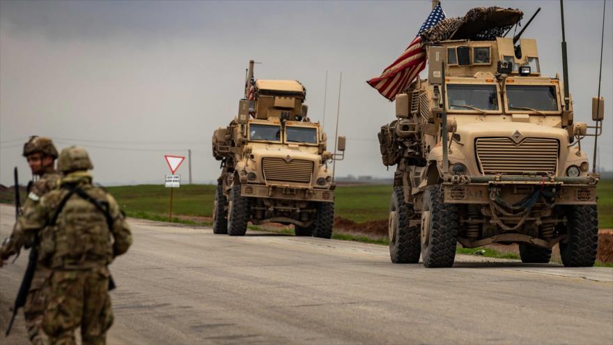 Un convoy militar estadounidense, desplegado en Al-Qamishli, en la provincia de Al-Hasaka, noreste de Siria, 9 de enero de 2019. (Foto: AFP)