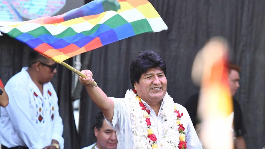 Morales: Recuperaremos la democracia sin armas ni violencia | HISPANTV