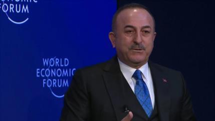 Turquía vuelve a defender la compra de los S-400 rusos
