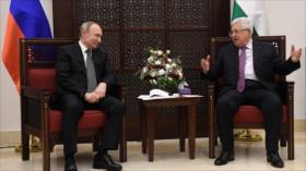 Putin se reúne con presidente palestino e irrita a los israelíes
