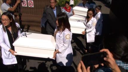 Entregan osamentas de masacre ocurrida en guerra civil salvadoreña