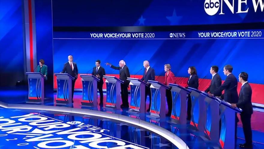 Latinos en EEUU rechazan a republicanos y se inclinan a demócratas