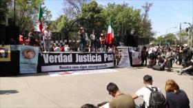Víctimas de violencia en México marchan por la justicia y la paz