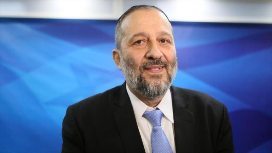 El ministro del interior de Israel, Arie Deri, durante una reunión del gabinete en la ciudad de Al-Quds (Jerusalén).