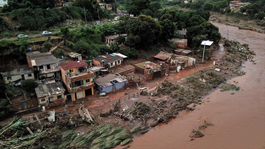 Violentas lluvias en Brasil dejan 48 muertos y miles de desalojados