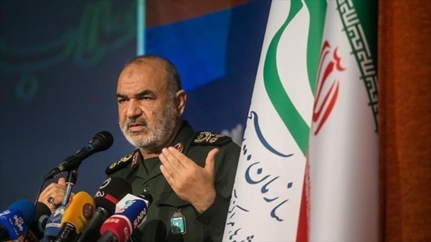 El comandante en jefe del Cuerpo de Guardianes de de Irán, Hosein Salami, habla durante un acto en Teherán, capital, 27 de enero de 2020. (Foto: Tasnim)