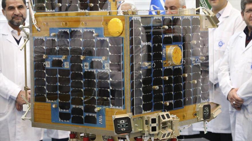 'Irán rompió monopolio de lanzamiento de satélites pese a sanciones'