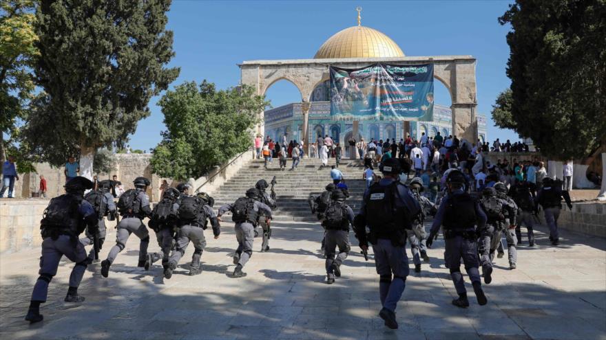 Israel cierra puertas de Mezquita Al-Aqsa tras luz verde de Trump | HISPANTV