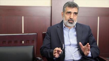 """Irán tacha sanciones de EEUU a su jefe nuclear de """"juego político"""""""