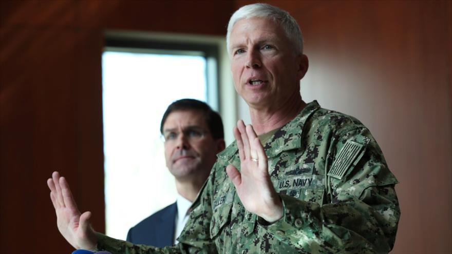 El jefe del Comando Sur de EE.UU., Craig Faller, habla con los medios en Florida, 23 de enero de 2020. (Foto: AFP)