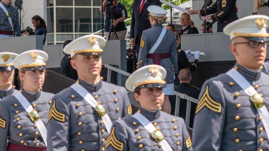 Una ceremonia de graduación en la Academia Militar de EE.UU., West Point, Nueva York, 25 de mayo de 2015. (Foto: AFP)