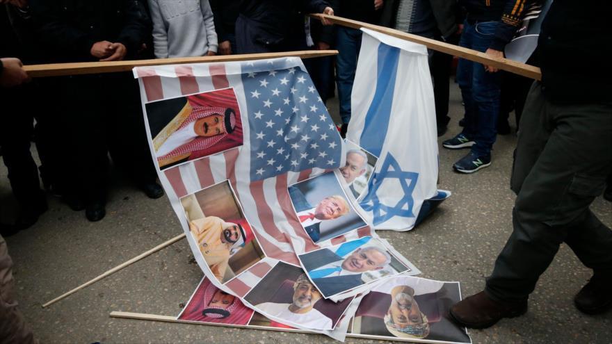 Postura proisraelí de árabes, daga en la espalda de Palestina | HISPANTV