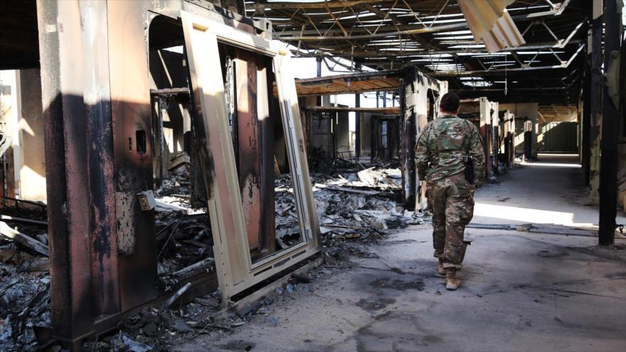 Parte de la base estadounidense de Ain Al-Asad, sita en la provincia de Al-Anbar en Irak, destruida en el ataque de misiles iraníes.