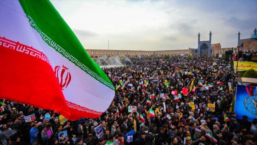 Iraníes celebran el 40.º aniversario del triunfo de la Revolución Islámica en Isfahán, centro del país, 11 de febrero de 2019. (Foto: IRNA)
