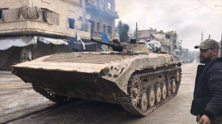 Militares sirios entran en Saraqib, el feudo terrorista en Idlib